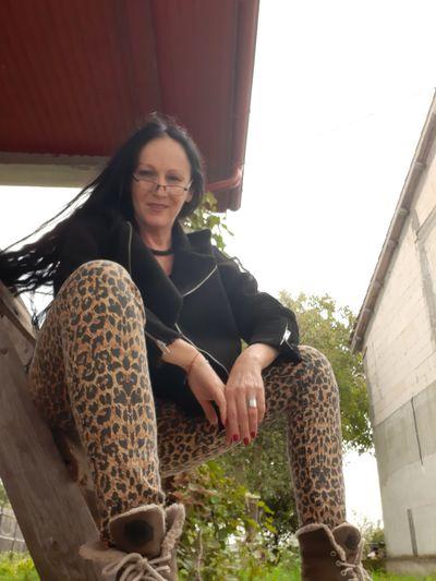 Lorene Mackey - Escort Girl from Murrieta California