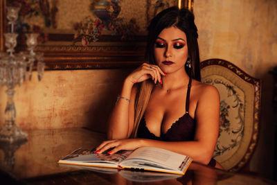 Rosalind Gomez - Escort Girl from Modesto California