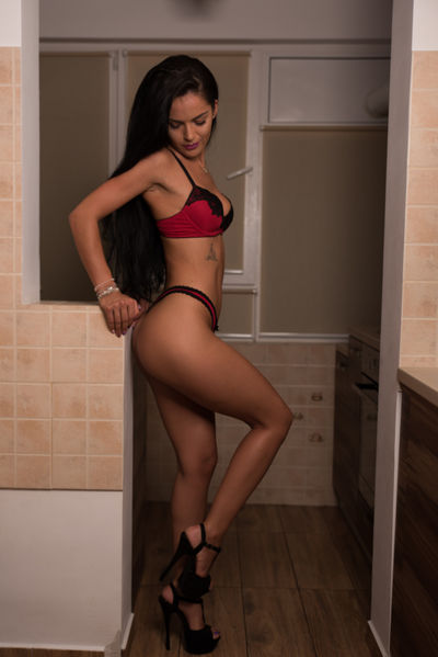 Latina Escort in Grand Prairie Texas