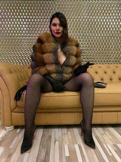 Esperanza Bair - Escort Girl from Detroit Michigan