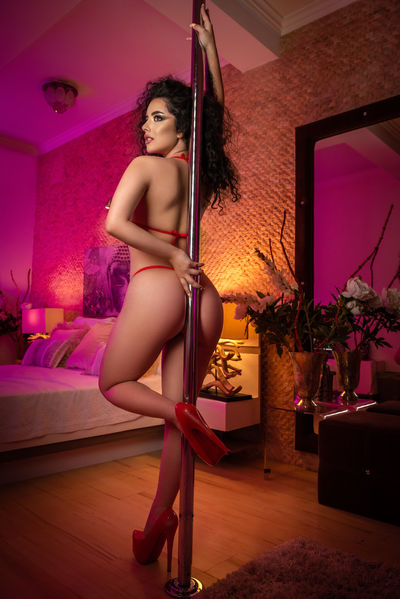 Adela Cruz - Escort Girl from Murfreesboro Tennessee