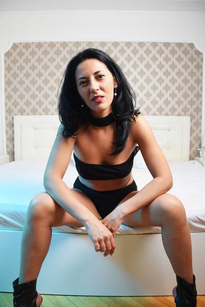 Ivona Dy - Escort Girl from Murfreesboro Tennessee