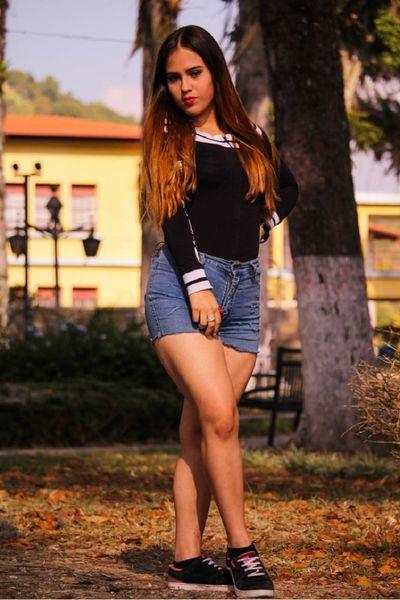 Nicole Moore - Escort Girl from Murrieta California