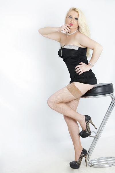 Jo Schaefer - Escort Girl from Corona California