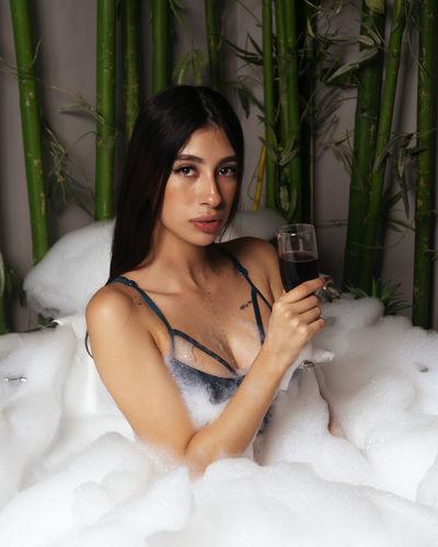 Veronica Veracruz - Escort Girl from Moreno Valley California