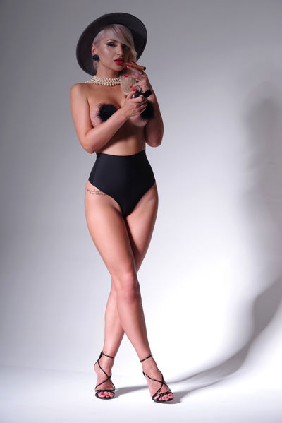 Stephanie Tapia - Escort Girl from Nashville Tennessee