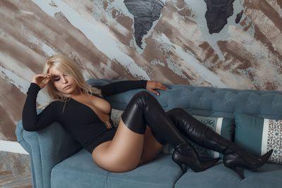 Yanira Lovelyn - Escort Girl from Miramar Florida