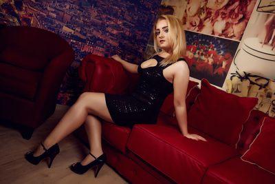 Angela Bankes - Escort Girl from Corona California