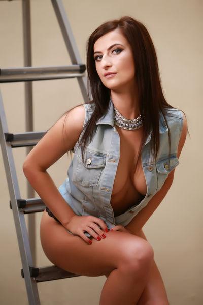 Beatrice Calvin - Escort Girl from Davie Florida