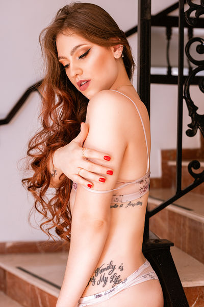 Candice Lane - Escort Girl from Nashville Tennessee