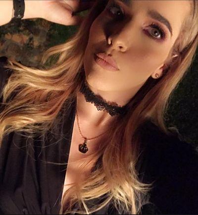 Caroline Shaw - Escort Girl from Fayetteville North Carolina