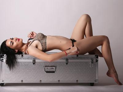 Cynthia Luxe - Escort Girl from Modesto California