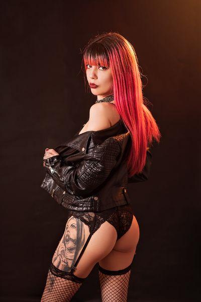 Holly Brinks - Escort Girl from Moreno Valley California