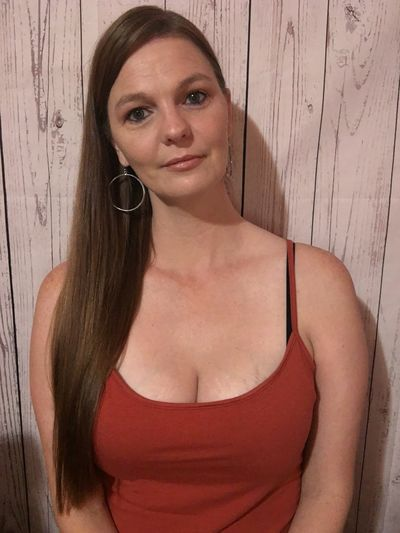 For Men Escort in South Bend Indiana