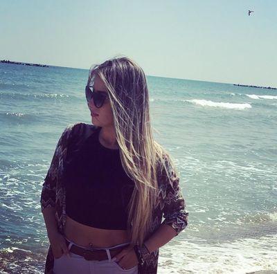 Lexy Desires - Escort Girl from Davenport Iowa