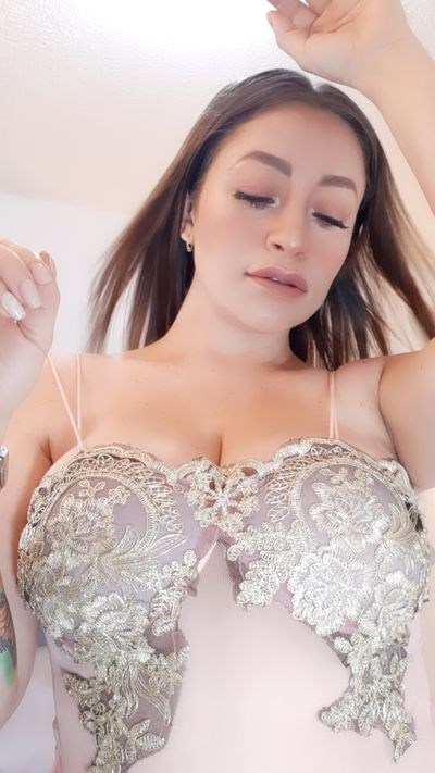 pearl Roxy - Escort Girl from Nashville Tennessee