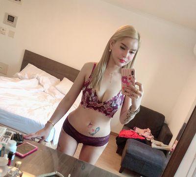 Miranda Kae - Escort Girl from Moreno Valley California