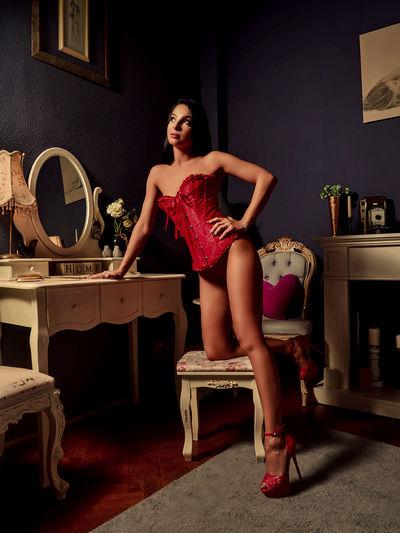 Nadia Moore - Escort Girl from Murrieta California