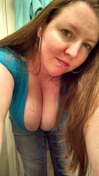 Redheadredneck - Escort Girl from Murrieta California