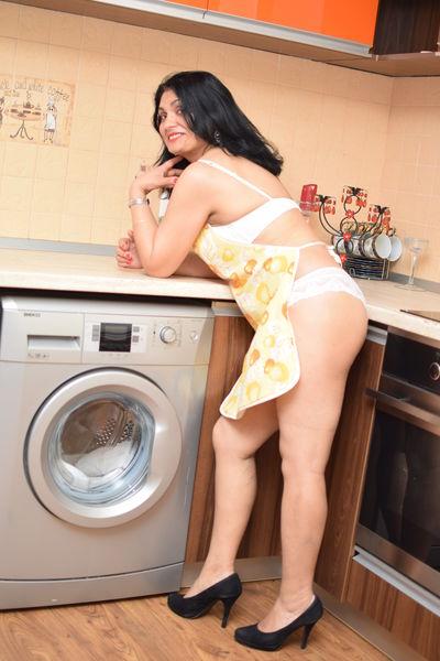 Valentina Sanchez - Escort Girl from Corona California